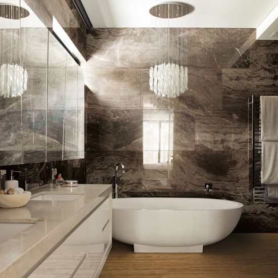 Использование плитки под камень в ванной комнате
