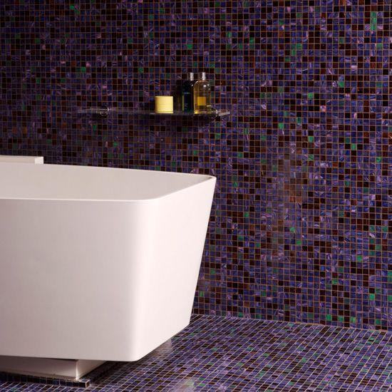 Оформление стен и пола ванной одной плиткой