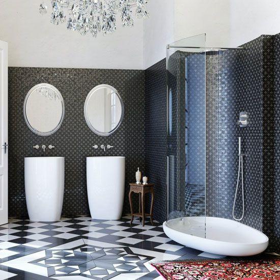 Использование классической штриховой плитки в крупномасштабном монохромном дизайне