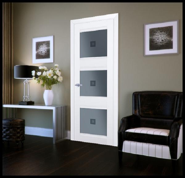 Белые двери в интерьере модерн