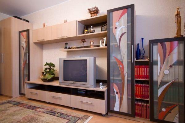 Гостиные и ТВ-тумбы