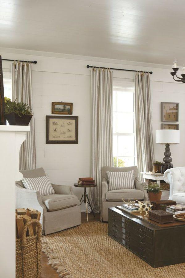 Длинные шторы в стиле прованс являются классическим вариантом и больше подходят для гостиных и спален