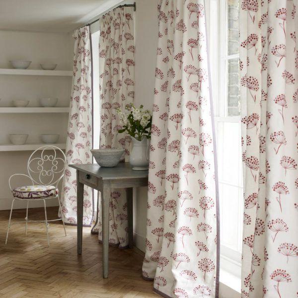 Длинные шторы прованс с цветочным орнаментом