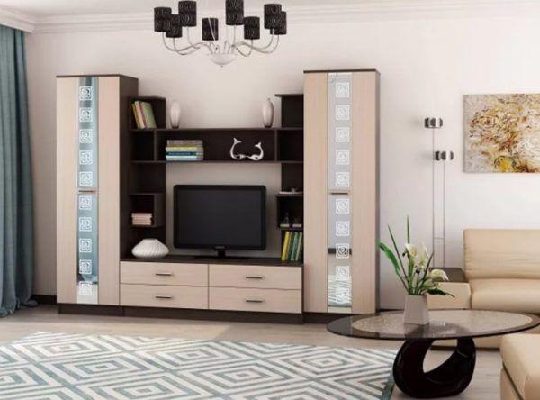 Зеркала часто применяются в изготовлении мебели