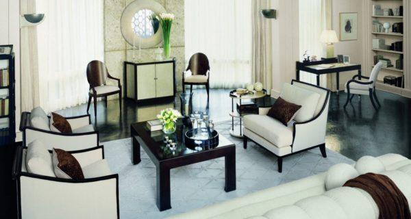 Контурный прием в мебели, выделяющий контраст в интерьере комнаты стиля Арт-деко