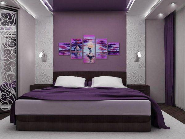 Красивая модульная картина в спальне