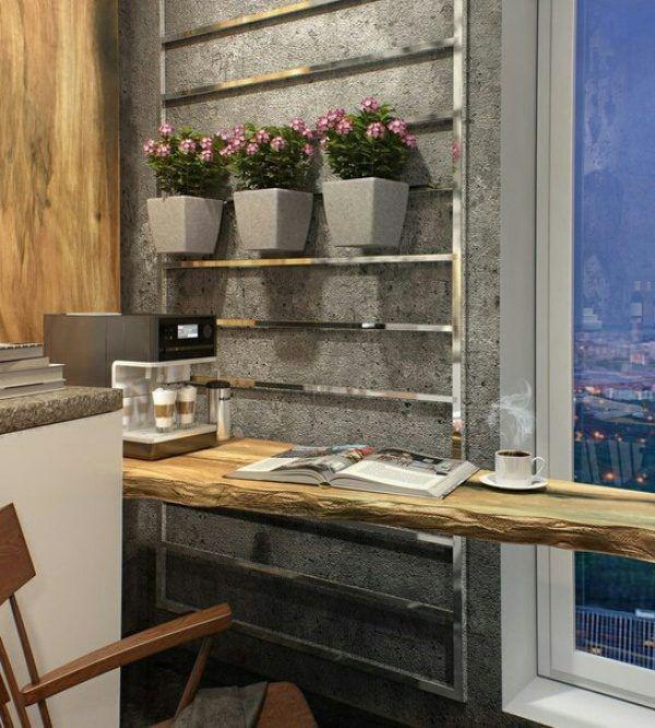 Оштукатуренная серая стенка в интерьере кухни