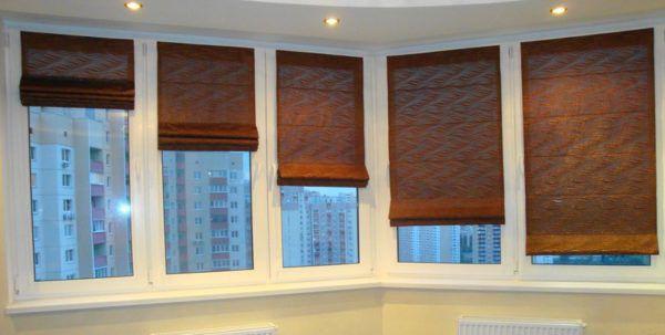 Применение коричневых римских штор