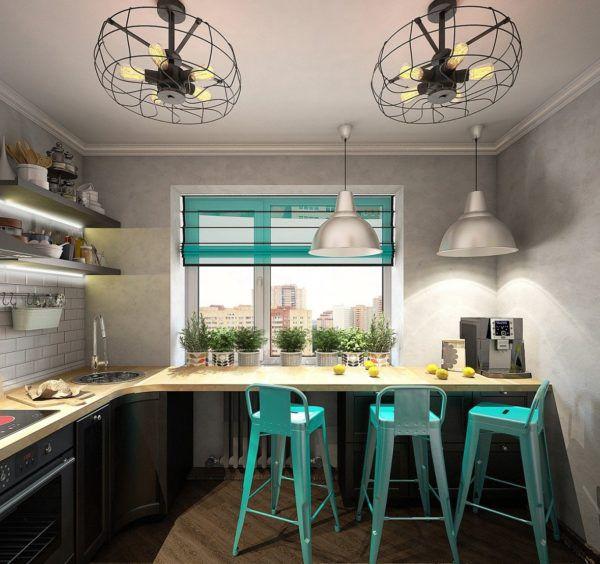 Применение ярких элементов декора освежают интерьер кухни
