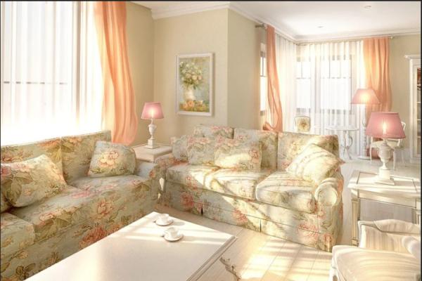 Светлая гостиная с мягкой мебелью в стиле прованс