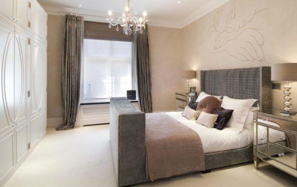 Сочетание светлых тонов и оттенков коричневого цвета в спальне