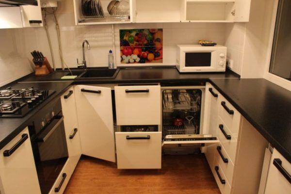 Функциональная мебель для небольшой кухни