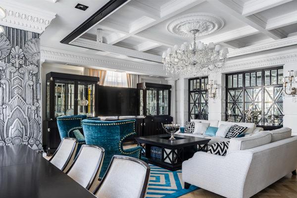 Яркие акценты элементов декора, мебели, штор и ковров приветствуются в кухне стиля Арт-деко