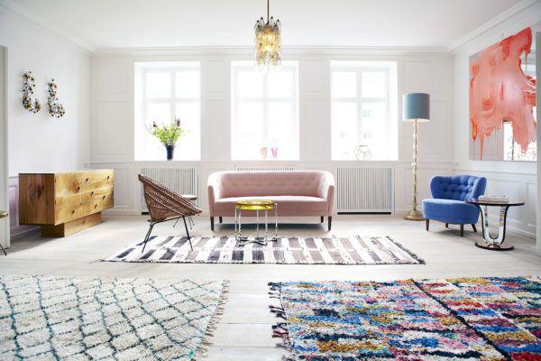 Яркие ковры в скандинавском стиле