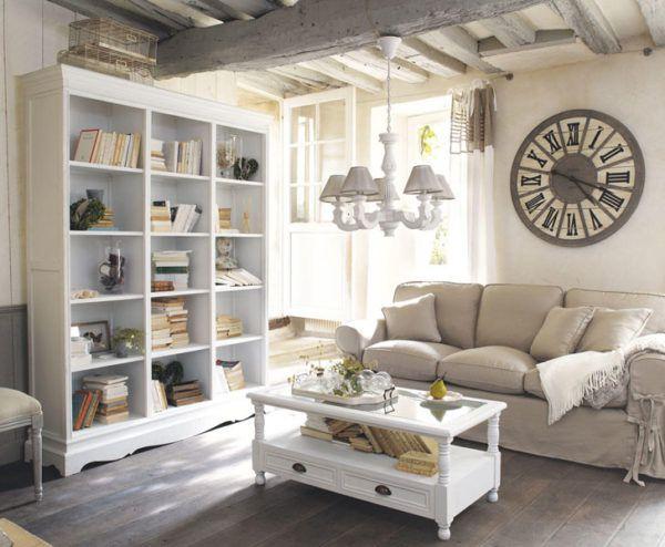 Комната в стиле прованс с применением светлых оттенков