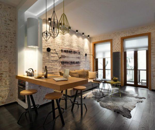 Гармоничное сочетание разных видов светильников Лофт в интерьере комнаты