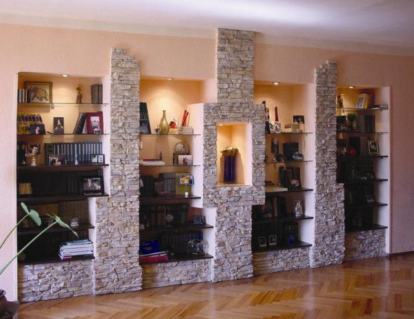 Колонны из декоративного кирпича