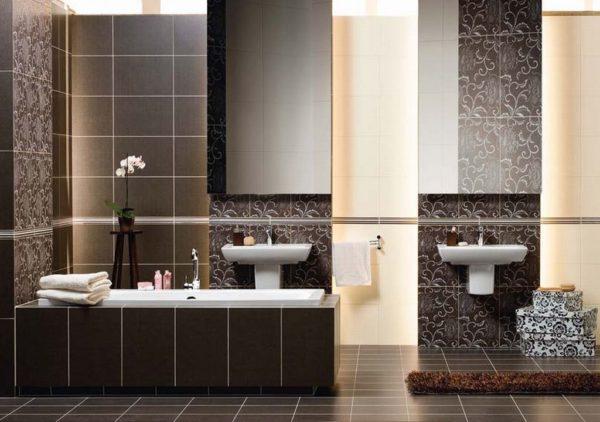 Плитка с коричневыми и бежевыми тонами для ванной комнаты
