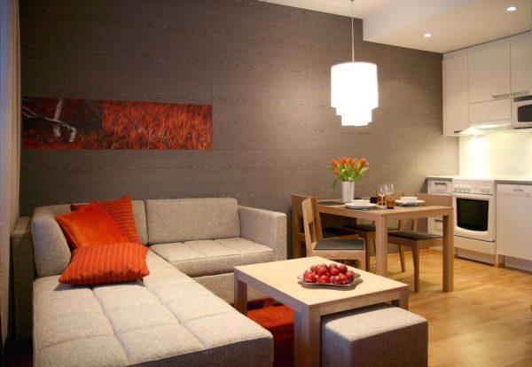 Разделение кухни-гостиной при помощи цвета