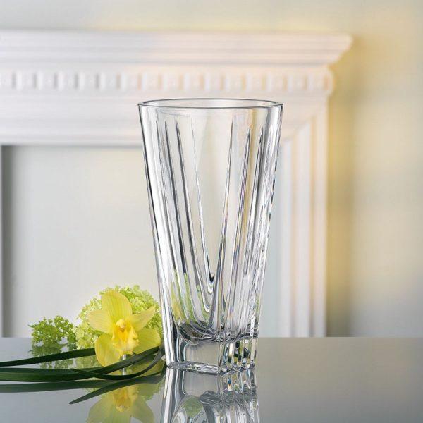 Роскошная ваза для цветов