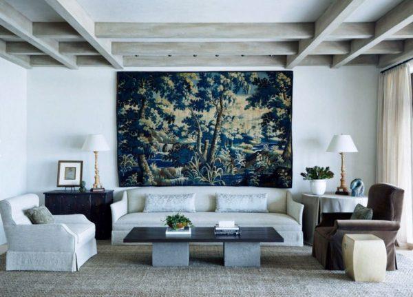 Текстильная картина на стене